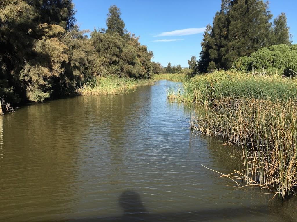 Barker Inlet Wetlands | park | Wingfield SA 5013, Australia