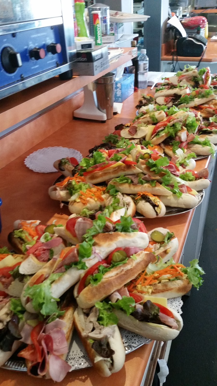 the spinning fork   cafe   239 Victoria Rd, Largs Bay SA 5016, Australia   0883416961 OR +61 8 8341 6961