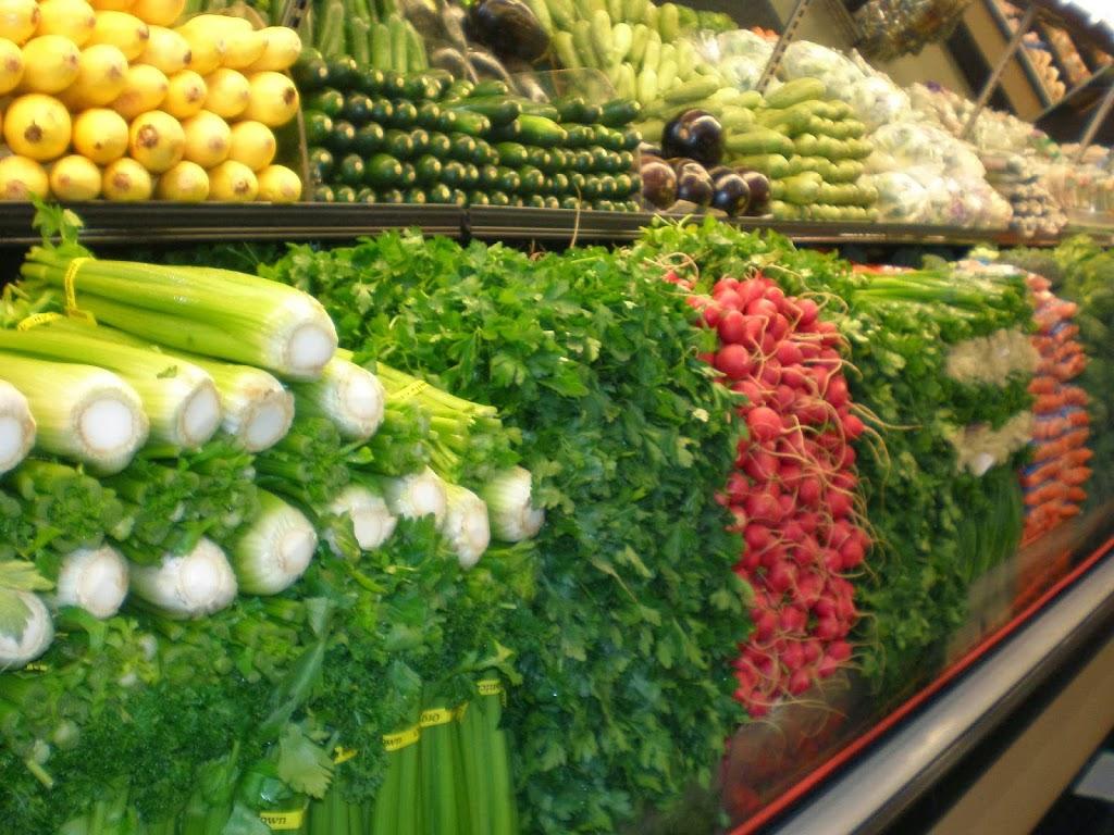 Essentially Fresh | store | 74a Bundock St, Belgian Gardens QLD 4810, Australia | 0747242929 OR +61 7 4724 2929