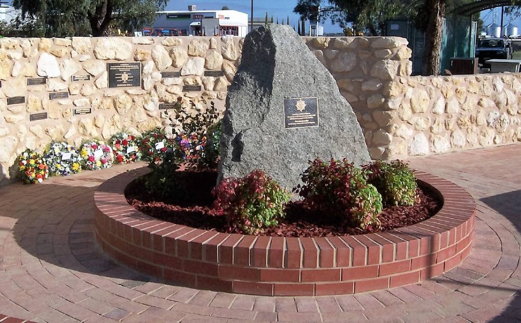 South Australia Volunteer Fire Fighters Museum memorial | park | 50 Kingston Ave, Naracoorte SA 5271, Australia | 0887621424 OR +61 8 8762 1424