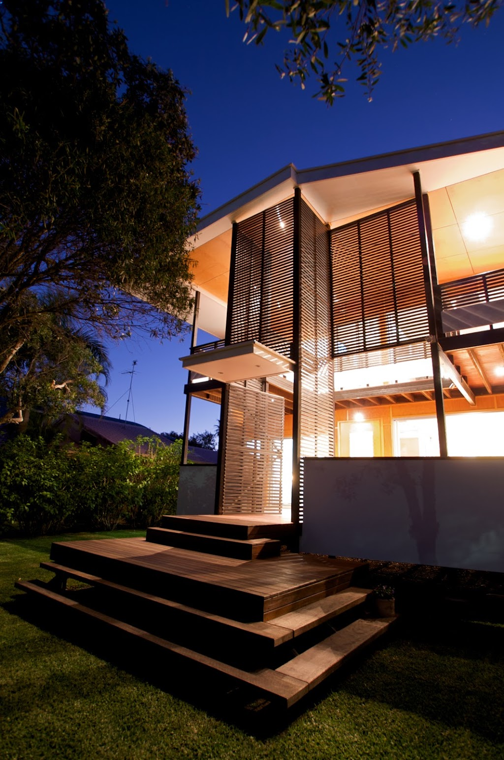 McLardy Constructions | point of interest | 12 Davidson St, Cooee Bay QLD 4703, Australia | 0414296819 OR +61 414 296 819