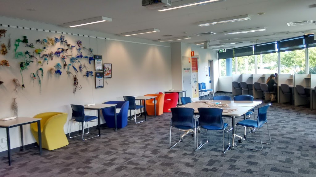 Logan Hyperdome Library | library | 66-70 Mandew St, Shailer Park QLD 4128, Australia | 0734124120 OR +61 7 3412 4120