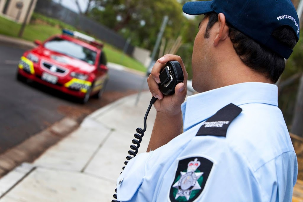 Australian Federal Police | police | 110 McLeod St, Cairns City QLD 4870, Australia | 0740446600 OR +61 7 4044 6600