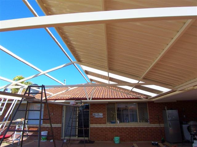 Ricks Roofing & Roofing Repairs | roofing contractor | 29 Elstree Ave, Menora WA 6050, Australia | 0892725761 OR +61 8 9272 5761
