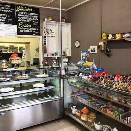 Coleraine Milkbar and Coffee Shop | cafe | 93 Whyte St, Coleraine VIC 3315, Australia | 0355752773 OR +61 3 5575 2773