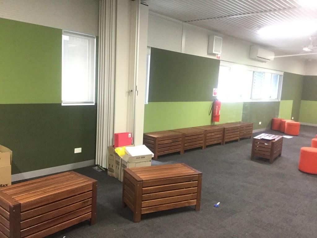 North Melbourne Primary School | school | 210 Errol St, North Melbourne VIC 3051, Australia | 0393296902 OR +61 3 9329 6902