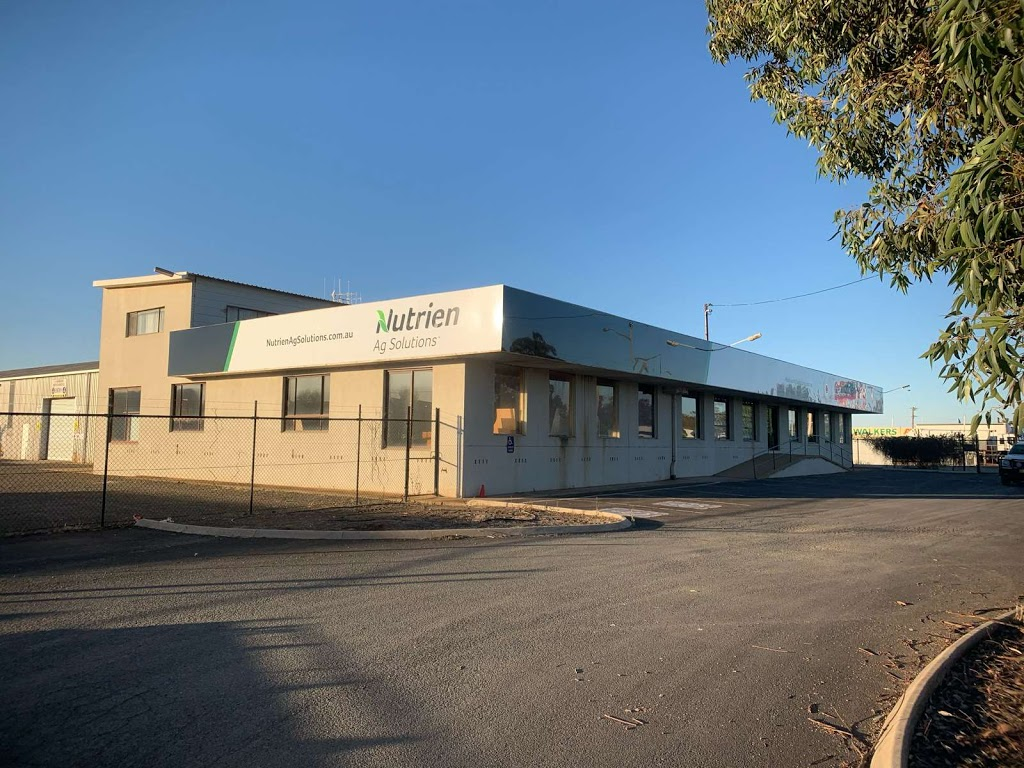 Nutrien Ag Solutions | point of interest | 8 Parkes Rd, Forbes NSW 2871, Australia | 0268521466 OR +61 2 6852 1466