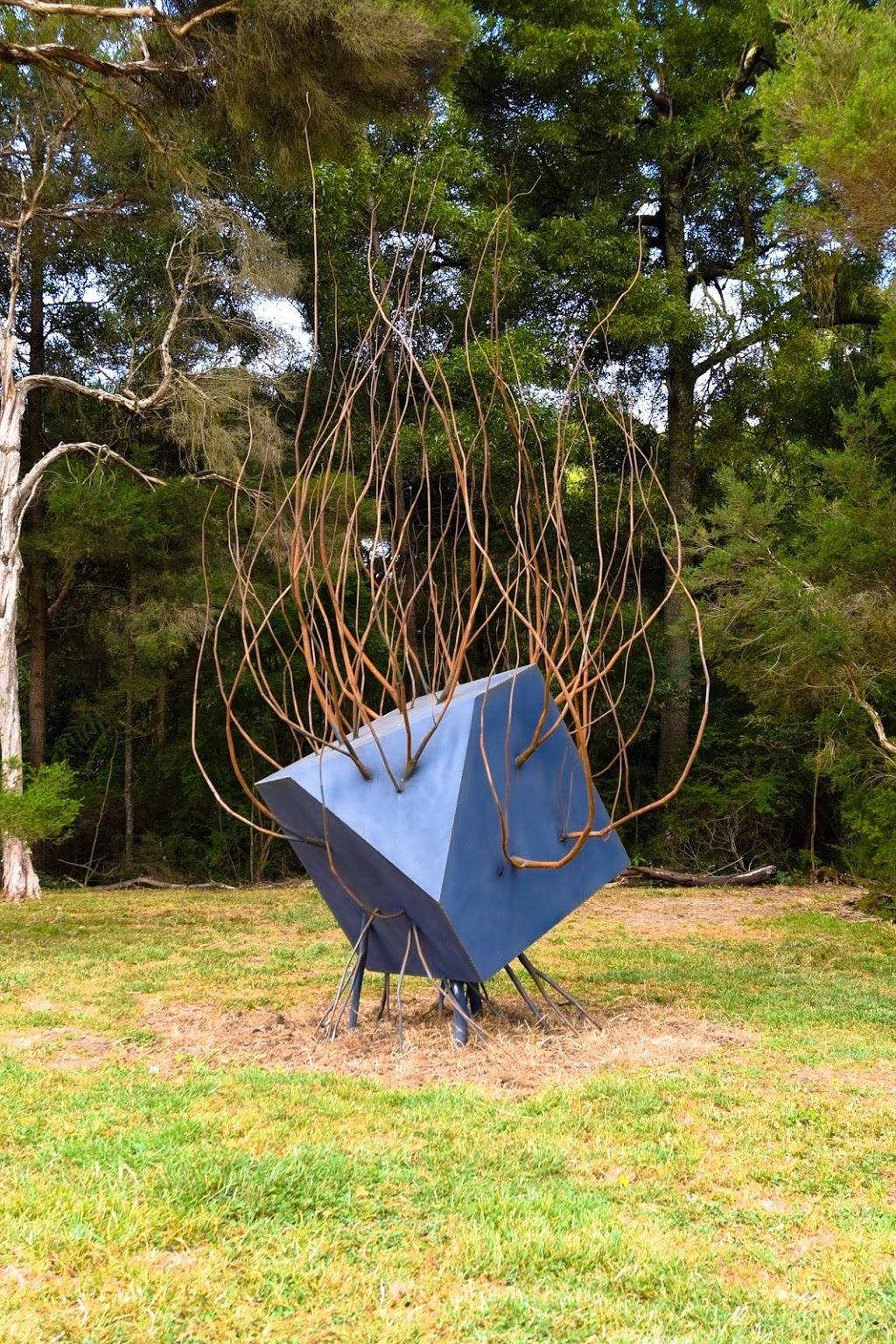 Montalto Sculpture Trail | museum | 33 Shoreham Rd, Red Hill South VIC 3937, Australia | 0359898412 OR +61 3 5989 8412