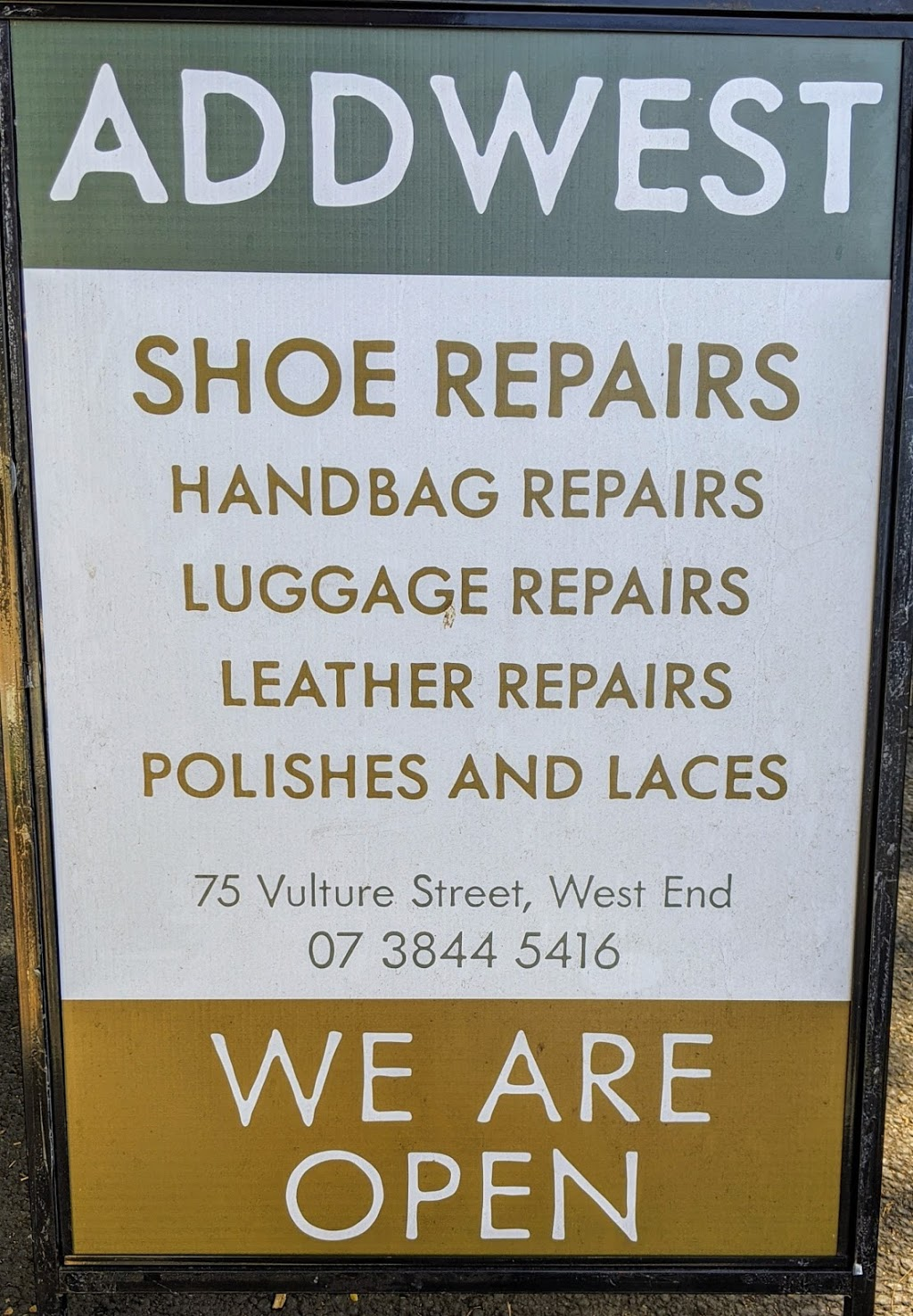Addwest Shoe & Luggage Repairs | point of interest | 104 Andalusian Dr, North MacLean QLD 4280, Australia | 0738445416 OR +61 7 3844 5416