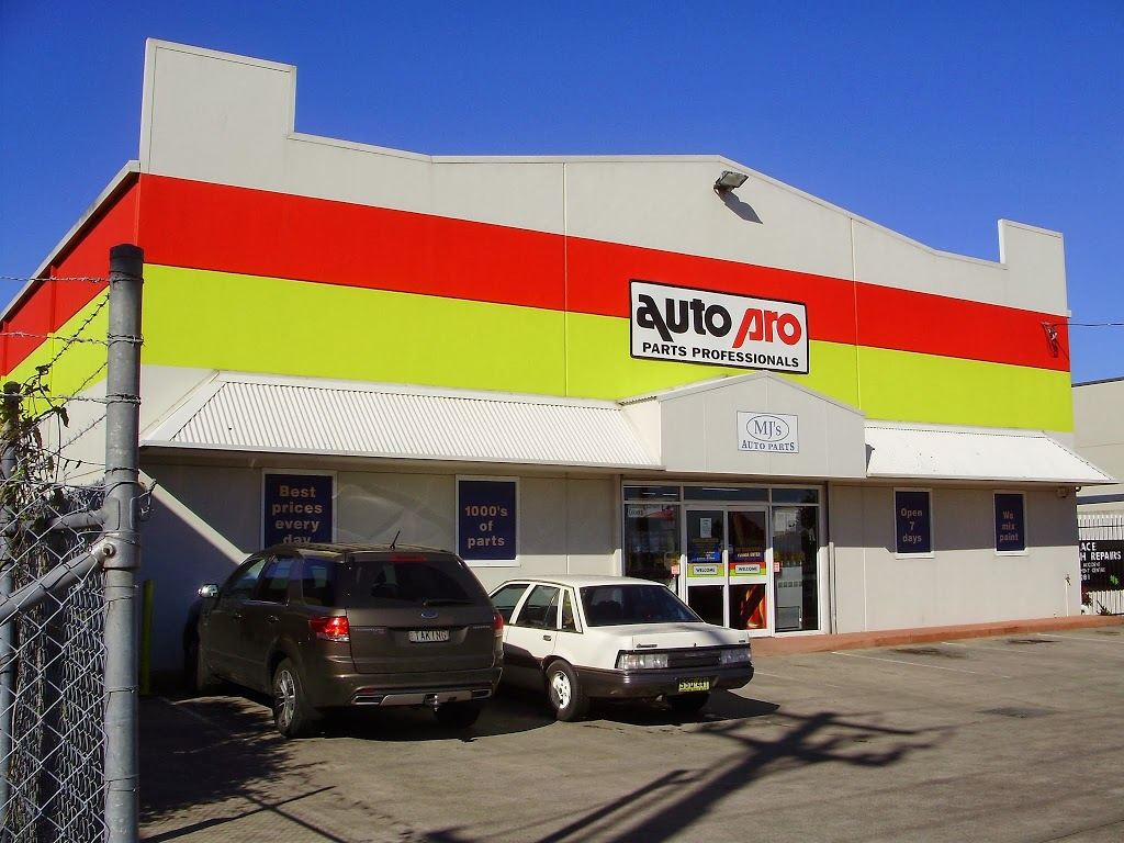 Autopro   electronics store   25 Port Stephens St, Raymond Terrace NSW 2324, Australia   0249871100 OR +61 2 4987 1100