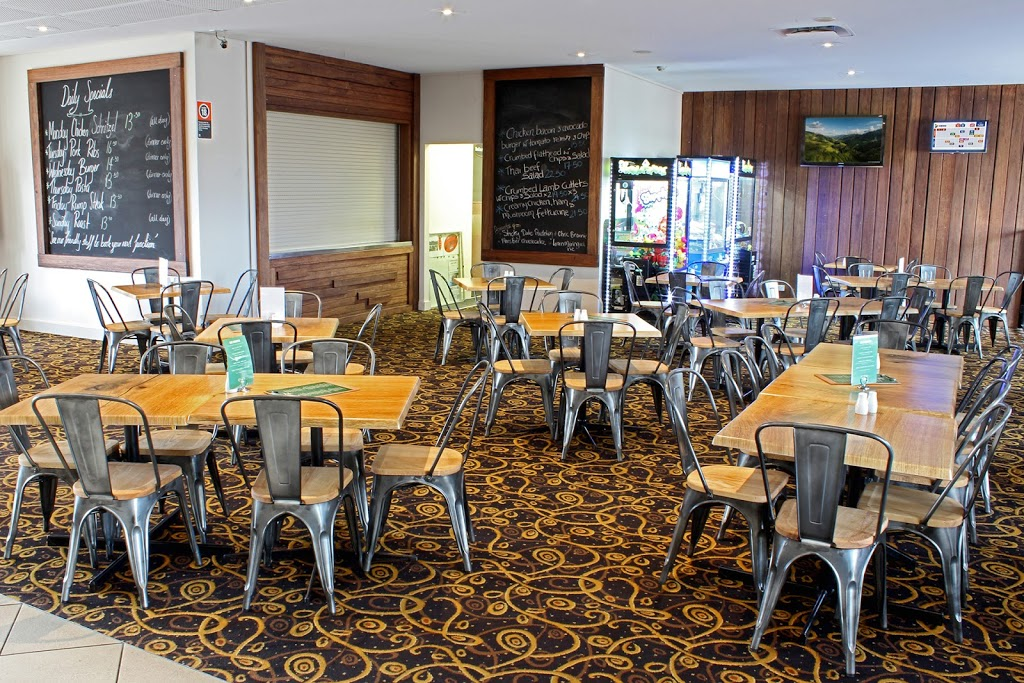 The Rutherford Hotel | store | 160 New England Hwy, Rutherford NSW 2320, Australia | 0249328241 OR +61 2 4932 8241