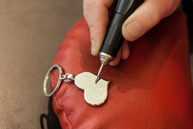 Mister Minit Smithfield | locksmith | Shop MK4 Captain Cook Hwy, Smithfield QLD 4878, Australia | 0740381070 OR +61 7 4038 1070