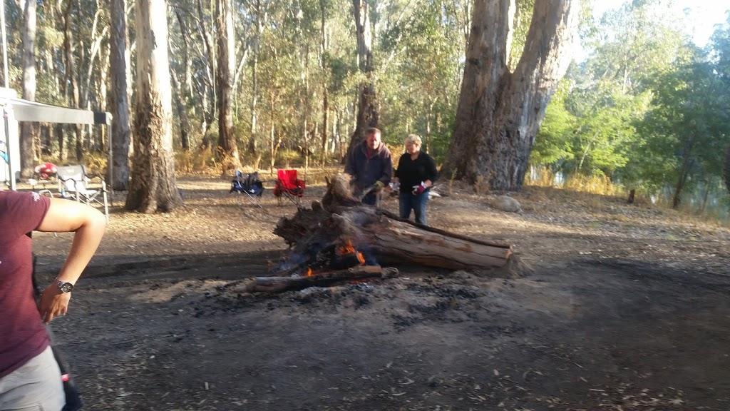 Glenos Camp | lodging | Cohuna VIC 3568, Australia