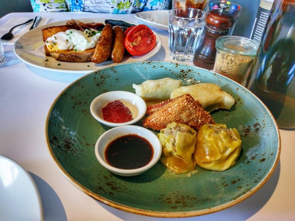 Eclectic Tastes cafe & pantry | cafe | 2 Burnbank St, Lake Wendouree VIC 3350, Australia | 0353393391 OR +61 3 5339 3391