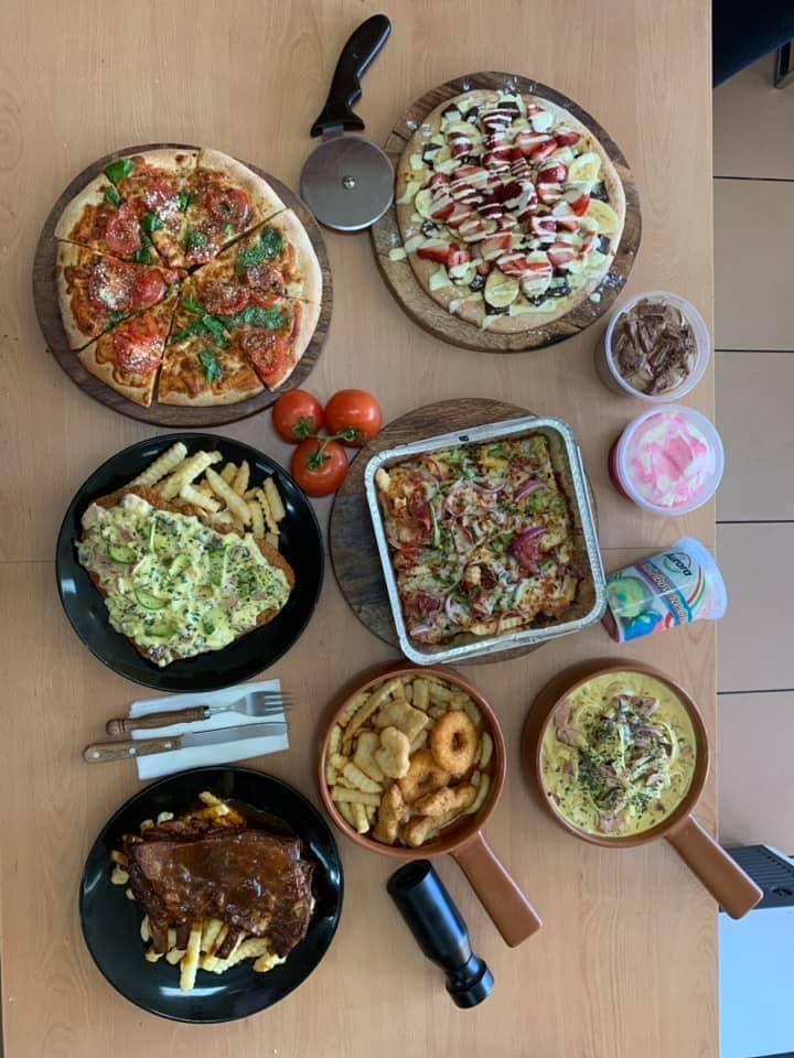 Il castello pizza cafe | restaurant | 40 Mahogany Ave, Frankston North VIC 3200, Australia | 0397864440 OR +61 3 9786 4440