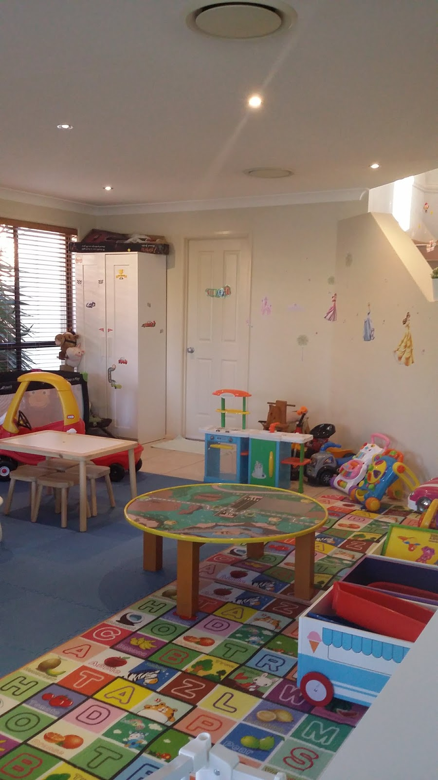 Loving Family Day Care | school | 20 Holt St, North Ryde NSW 2113, Australia | 0430470556 OR +61 430 470 556