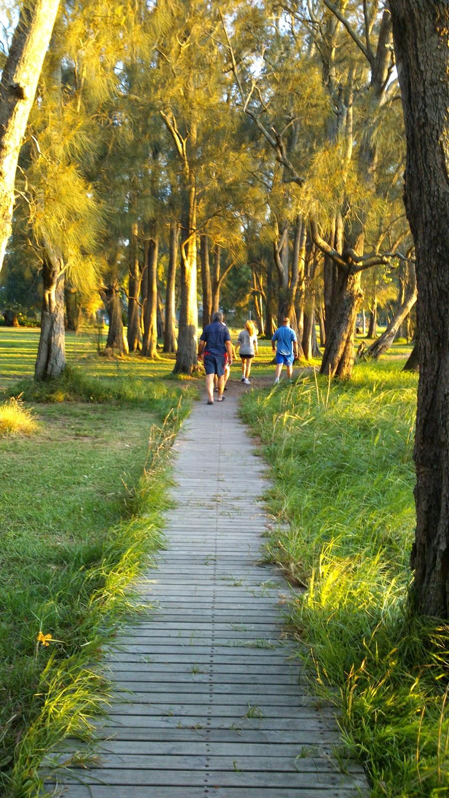 Paradise Beach Reserve | park | Unnamed Road, Sanctuary Point NSW 2540, Australia | 0244293111 OR +61 2 4429 3111