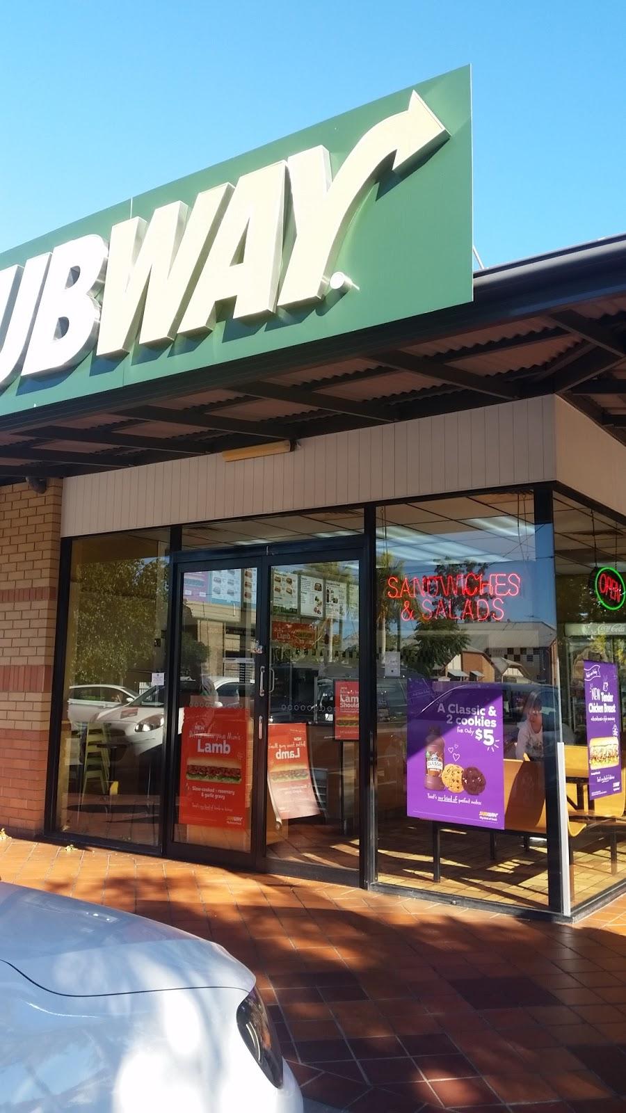 Subway® | restaurant | Null, shop 1/670 Oxley Rd, Corinda QLD 4075, Australia | 0732782366 OR +61 7 3278 2366