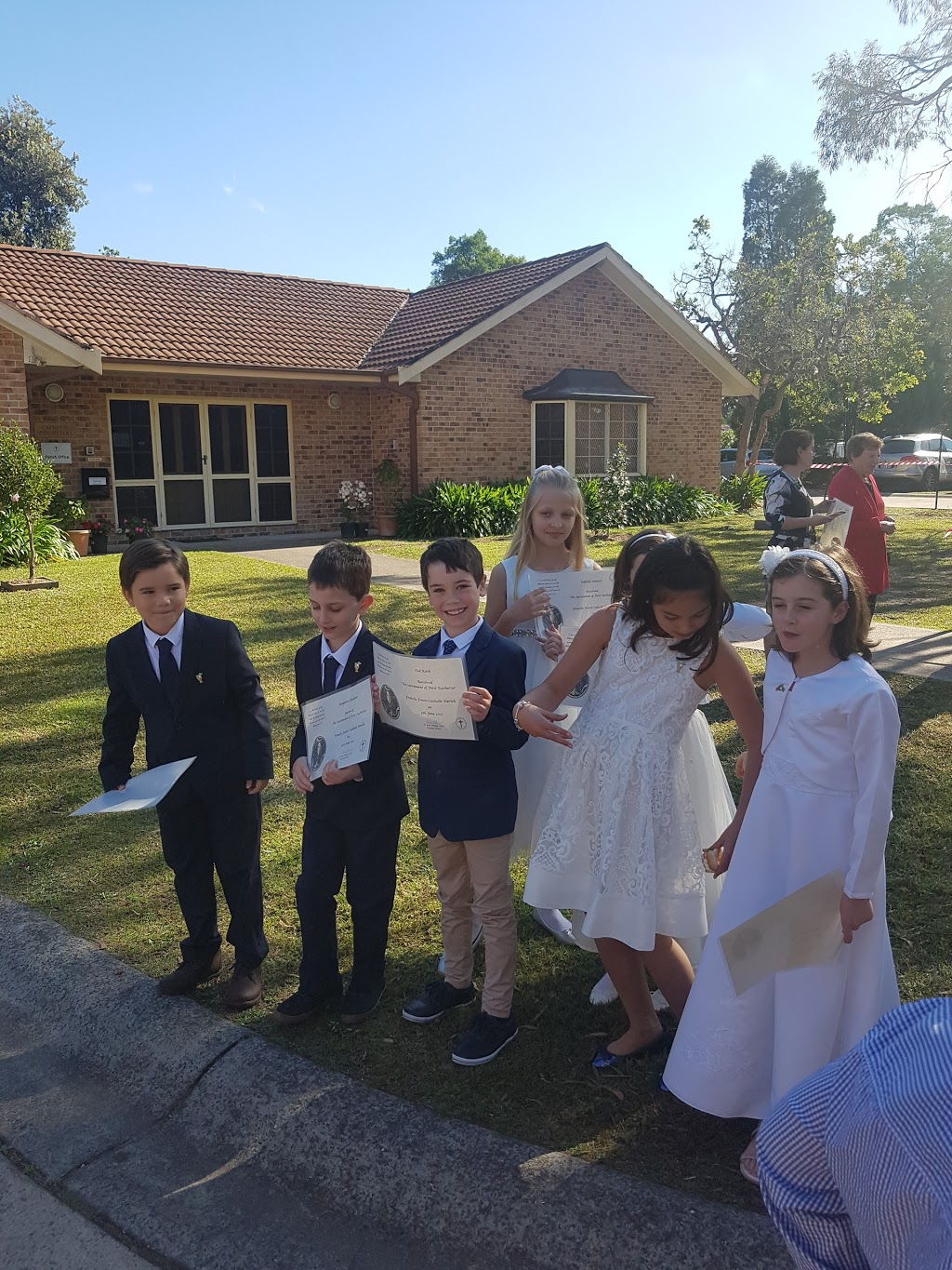 Frenchs Forest Catholic Parish - Parish Office | church | 9 Currie Rd, Forestville NSW 2087, Australia | 0294515097 OR +61 2 9451 5097