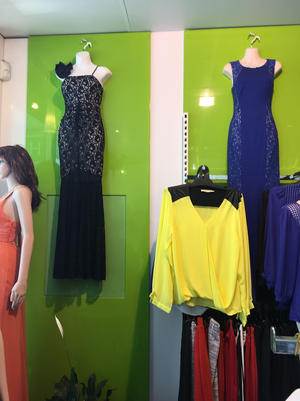 H&Y Fashion | clothing store | 141 Hopkins St, Footscray VIC 3011, Australia | 0399951932 OR +61 3 9995 1932
