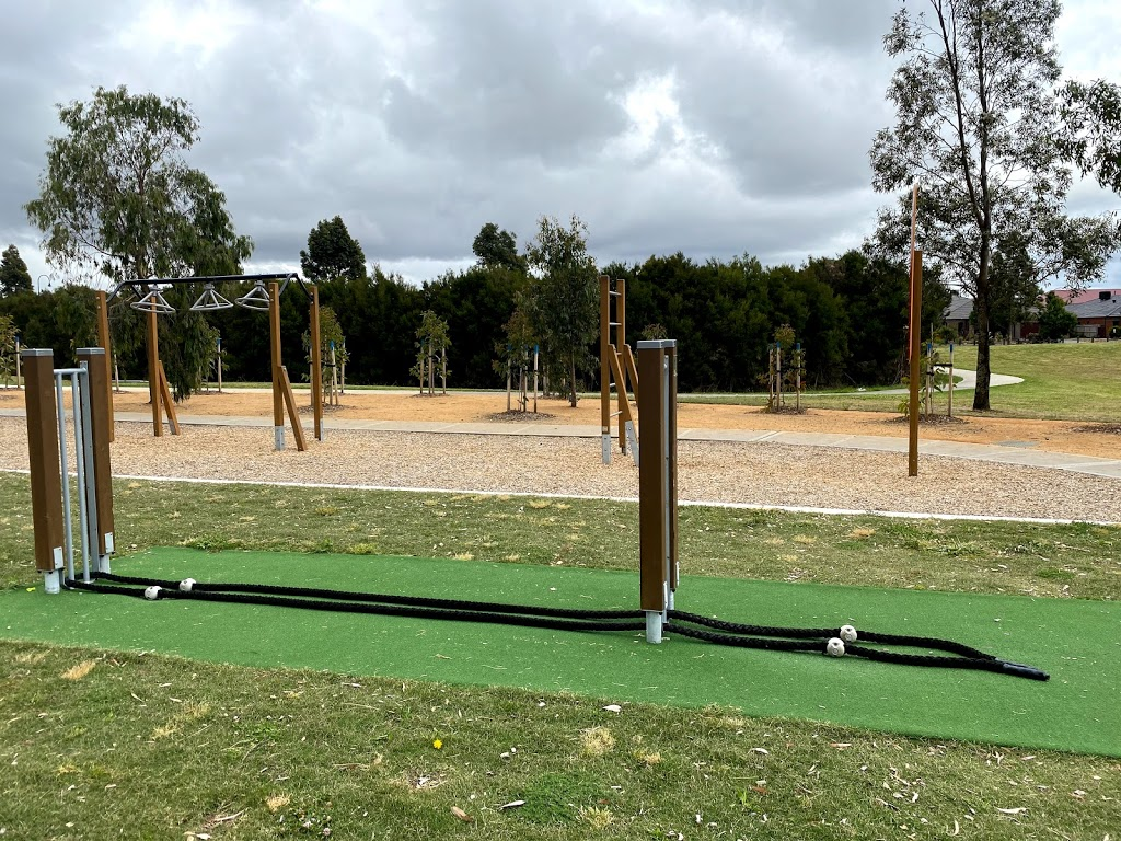 Berwick Springs East outdoor fitness | gym | 60I Beauford Ave, Narre Warren South VIC 3805, Australia