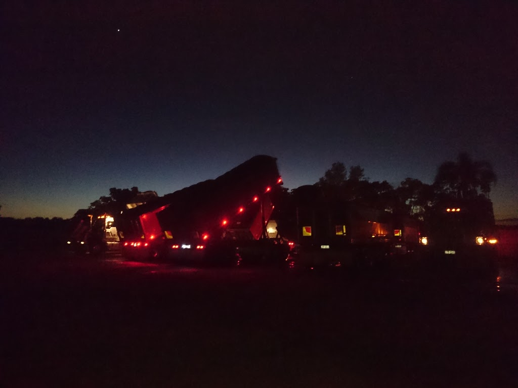 Bulk Granite Haulage | point of interest | 1 Old Toorbul Point Rd, Caboolture QLD 4510, Australia | 0754950200 OR +61 7 5495 0200