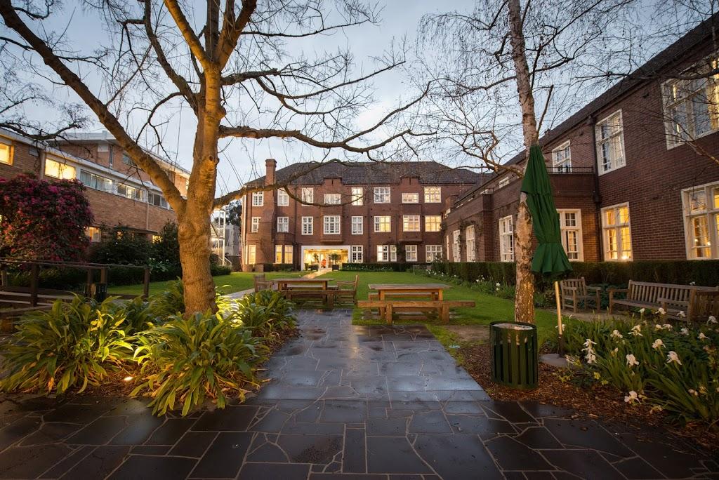 University College | university | 40 College Cres, Parkville VIC 3052, Australia | 0393473533 OR +61 3 9347 3533