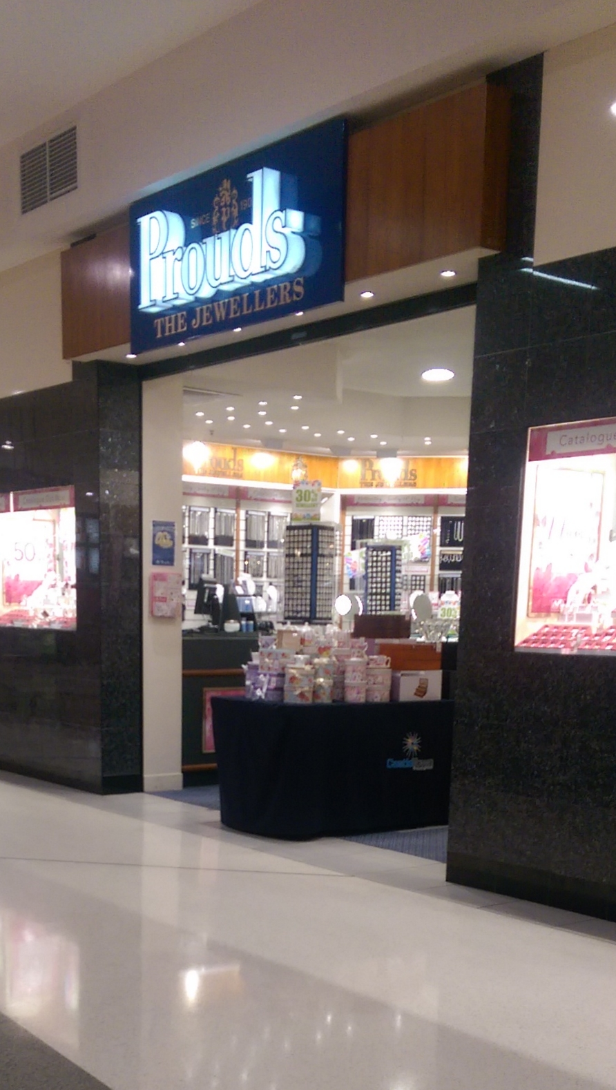 Prouds The Jewellers | jewelry store | Shop 106, Cnr Woolcock St & Kings Rd, Hyde Park QLD 4812, Australia | 0747722071 OR +61 7 4772 2071