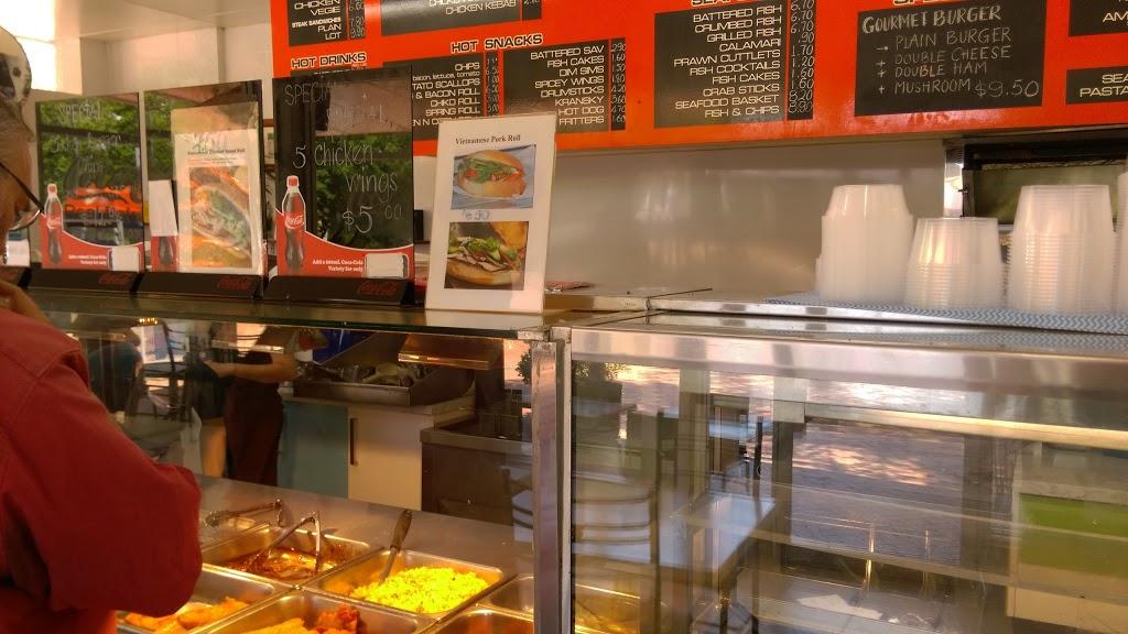 Lyneham Pizza Bar | restaurant | 84 Wattle St, Lyneham ACT 2602, Australia | 0262470762 OR +61 2 6247 0762