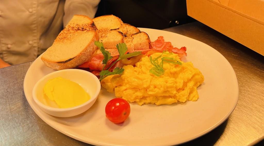 The Iron Steamboat | restaurant | Portobello 1, 6 Beerburrum St, Dicky Beach QLD 4551, Australia | 0753757496 OR +61 7 5375 7496