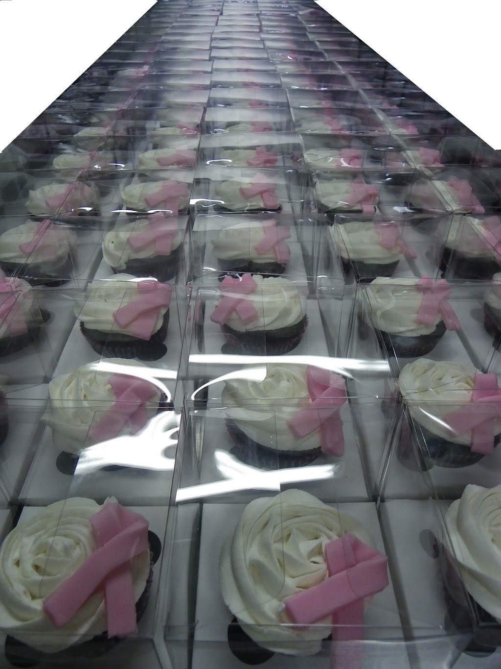 Karma Cupcakes | bakery | 2/39-41 Olympic Circuit, Southport QLD 4215, Australia | 0755917313 OR +61 7 5591 7313