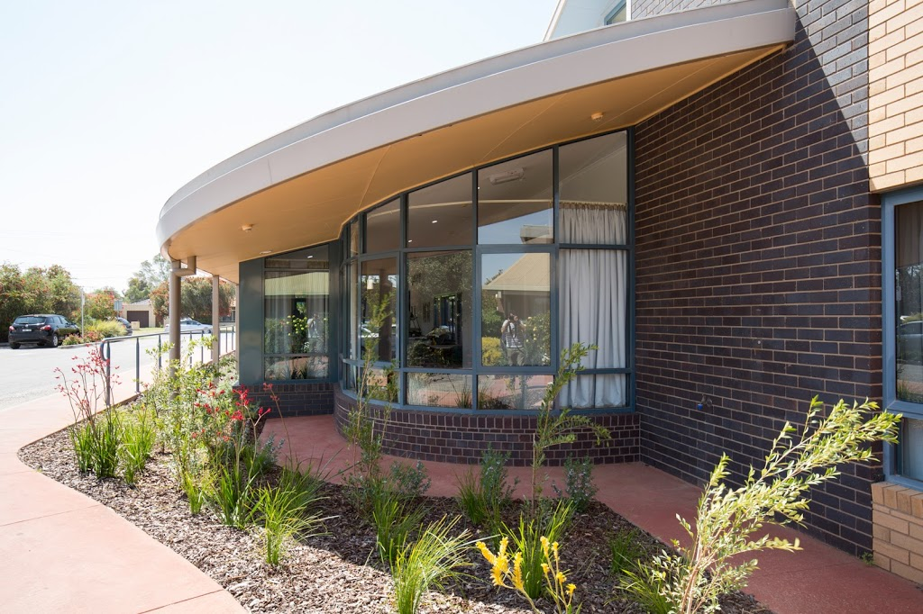 Regis Sunraysia | health | 253 Tenth St, Mildura VIC 3500, Australia | 1300998100 OR +61 1300 998 100
