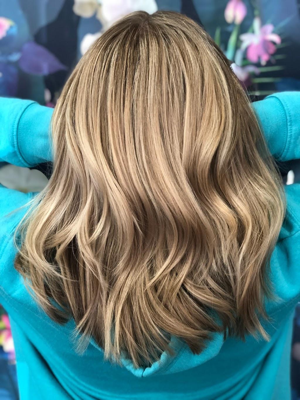 Georgina Long Hairstylist & co | hair care | 35 Clegg Rd, Mount Evelyn VIC 3796, Australia | 0416137668 OR +61 416 137 668