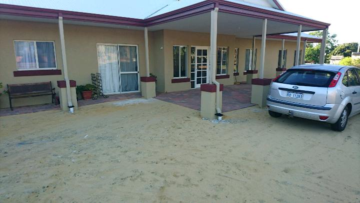 Waroona Bed and Breakfast | lodging | 107 S Western Hwy, Waroona WA 6215, Australia | 0409293126 OR +61 409 293 126