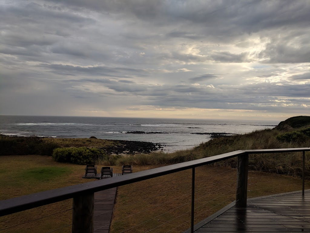 Port Fairy Beach House (Formerly Hearns Beach House) | lodging | 2583 Princes Hwy, Port Fairy VIC 3284, Australia | 0355683150 OR +61 3 5568 3150