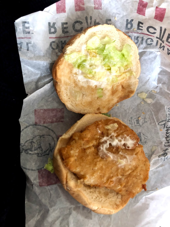 KFC Rosebud   meal takeaway   1219 Point Nepean Road (Cnr Third Avenue Corner, Third Ave, Rosebud VIC 3939, Australia   0359811244 OR +61 3 5981 1244