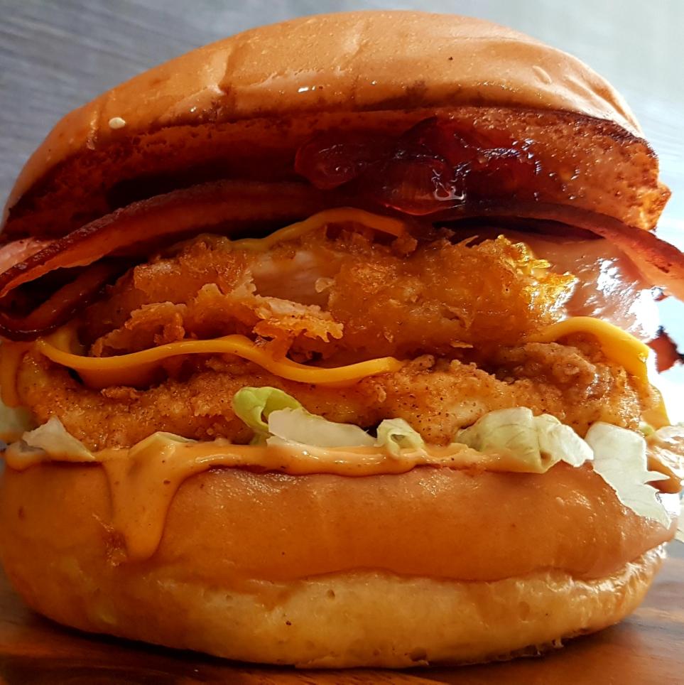 Eightbulls - The Milkbar | restaurant | 157 New England Hwy, Rutherford NSW 2320, Australia | 0249329628 OR +61 2 4932 9628