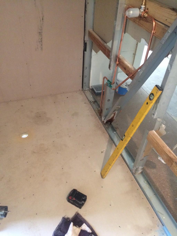 Allfix builders & carpenters   general contractor   Parking lot, School Rd, sunshine coast QLD 4575, Australia   0402785010 OR +61 402 785 010