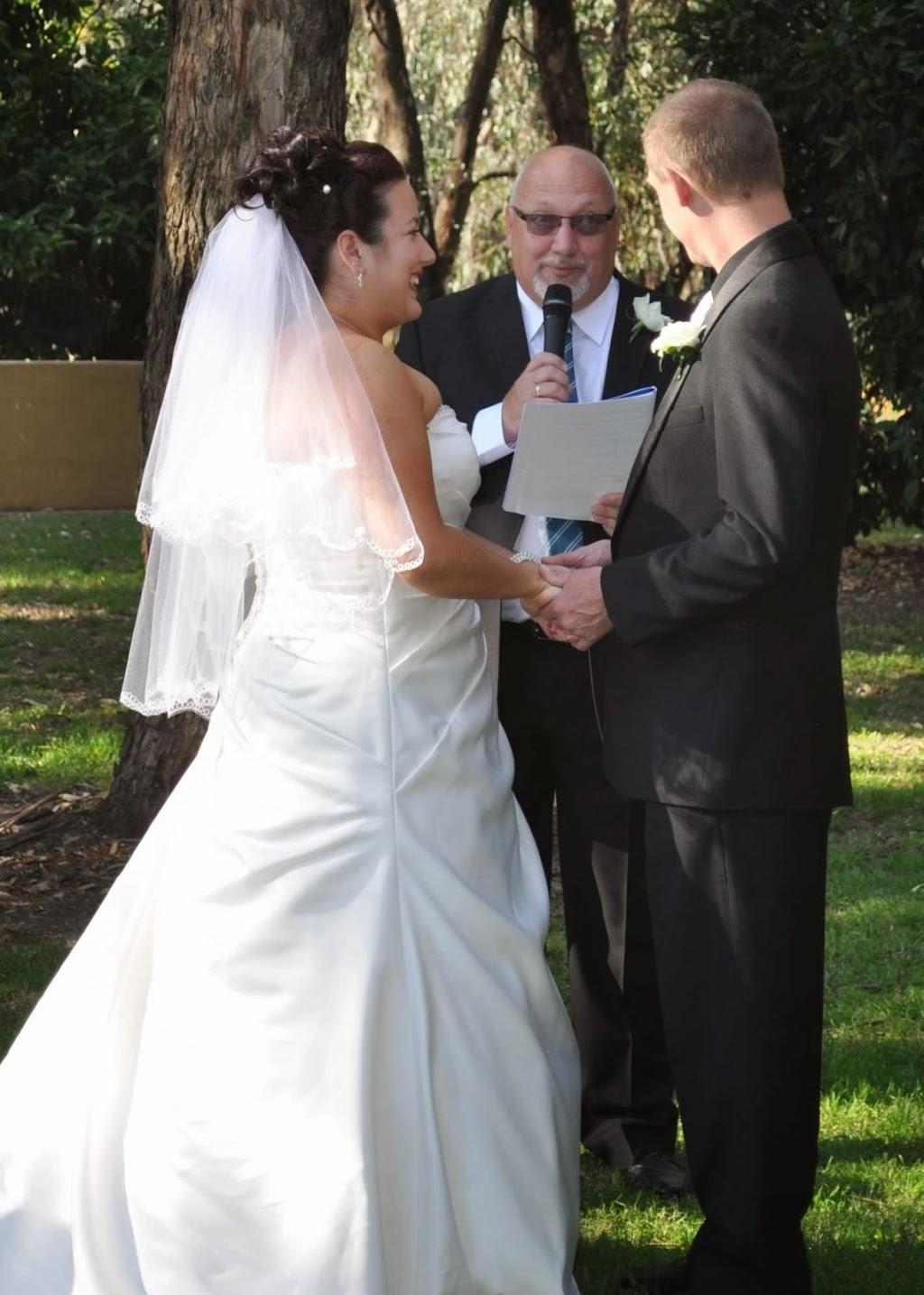 Riverina Celebrant Services   courthouse   337 Parkland Cres, Lavington NSW 2641, Australia   0412767227 OR +61 412 767 227