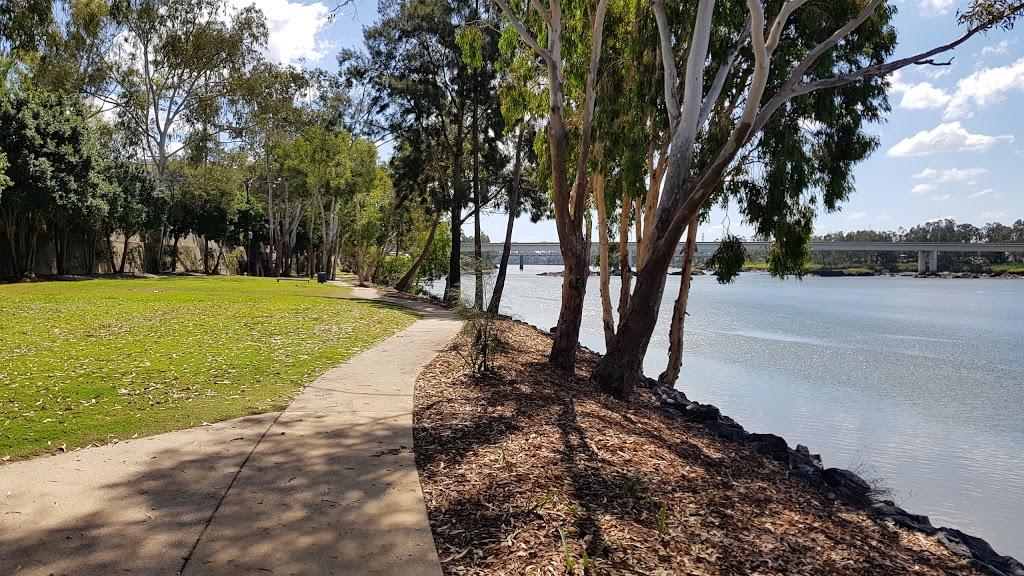Dr Ray Wilson Place | park | Victoria Parade, Rockhampton City QLD 4700, Australia