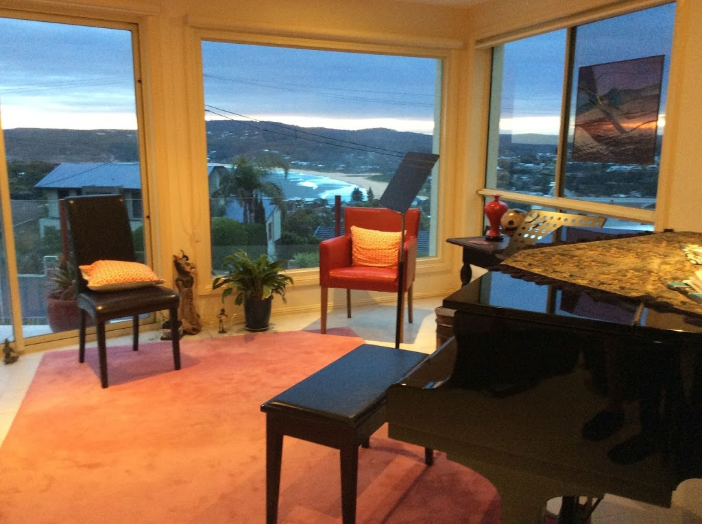Elisabeth Mitchelmore Violin Studio   school   23 Vista Ave, Copacabana NSW 2251, Australia   0435609607 OR +61 435 609 607