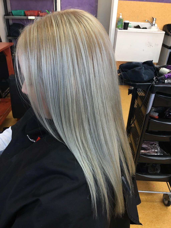 UnderCuts Mooroolbark | hair care | 1/61 Brice Ave, Mooroolbark VIC 3138, Australia | 0397275361 OR +61 3 9727 5361