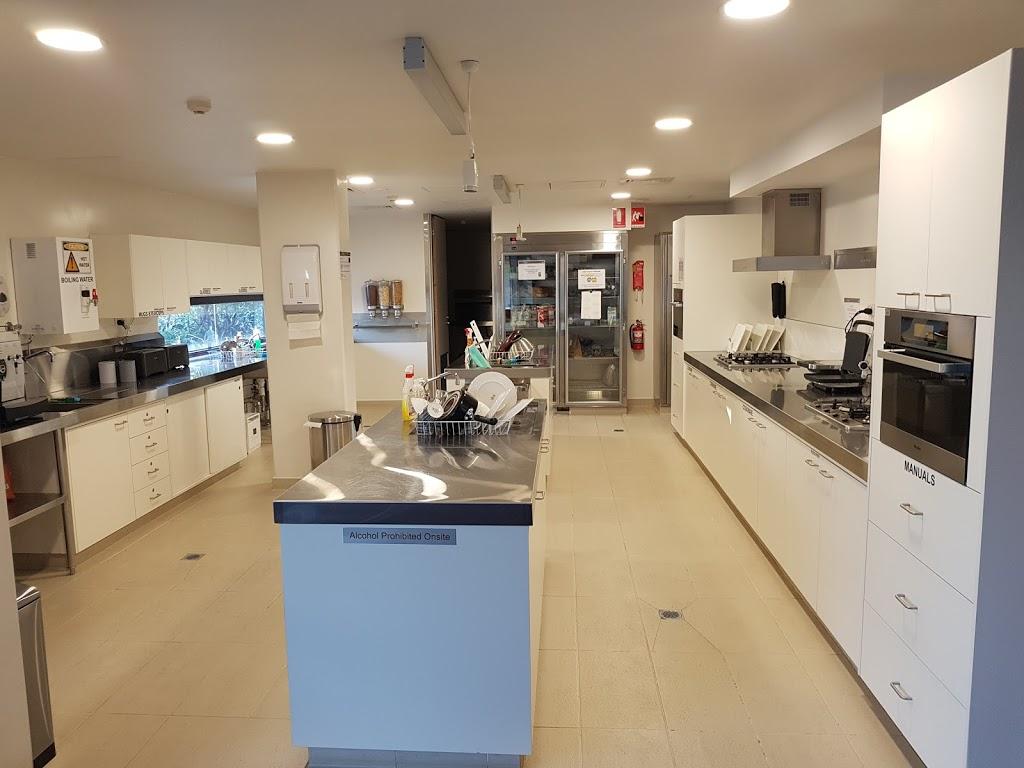 Australian Synchrotron Guesthouse | lodging | 800 Blackburn Rd, Clayton VIC 3168, Australia | 0385404217 OR +61 3 8540 4217