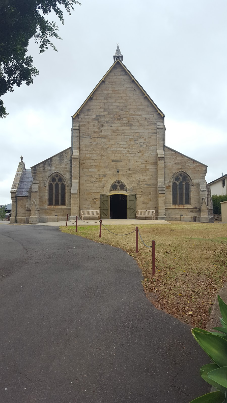 Saint Peters Church, Anglican Parish of East Maitland | church | 47 William St, East Maitland NSW 2323, Australia | 0249345303 OR +61 2 4934 5303