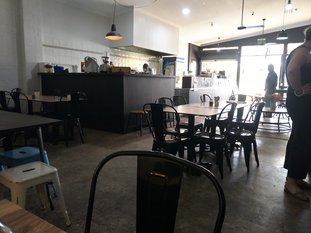 Café Romo | cafe | 80 Bathurst St, Condobolin NSW 2877, Australia | 0268954044 OR +61 2 6895 4044