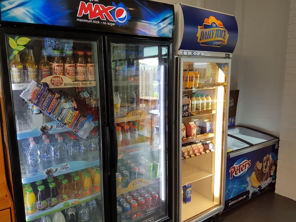 Shazzas Takeaway | meal takeaway | 10/9 Newington Ave, Capel Sound VIC 3940, Australia | 0359868433 OR +61 3 5986 8433