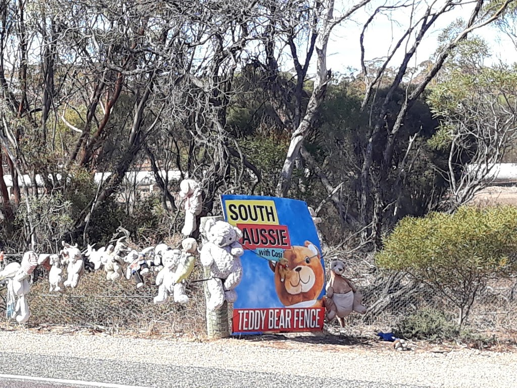 Teddy Bear Fence | museum | Melton SA 5552, Australia