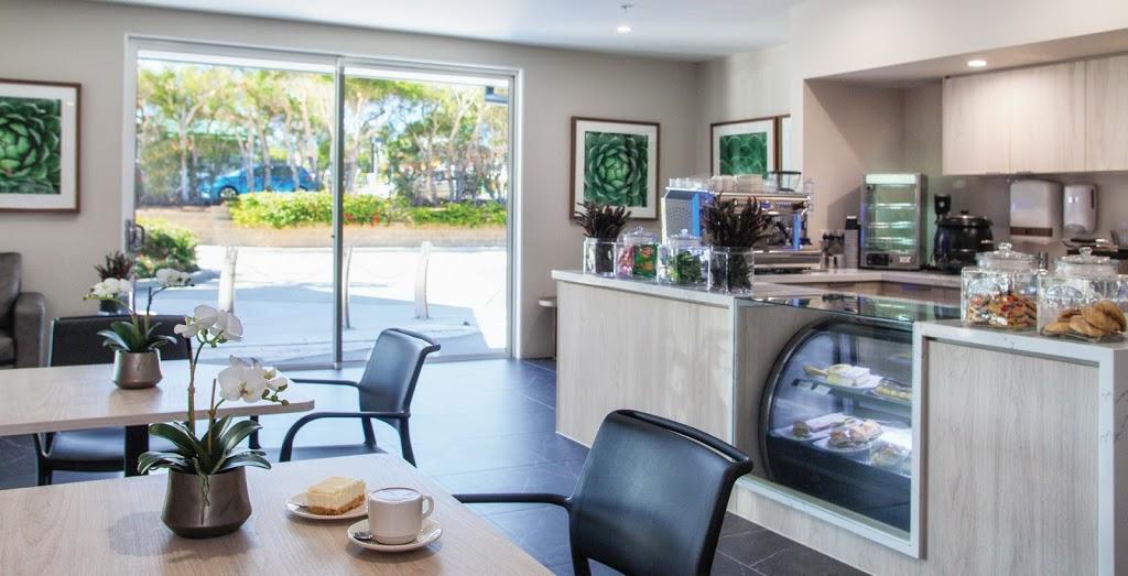 Arcare Kanwal Aged Care | cafe | 2 Pearce Rd, Kanwal NSW 2259, Australia | 0243562000 OR +61 2 4356 2000