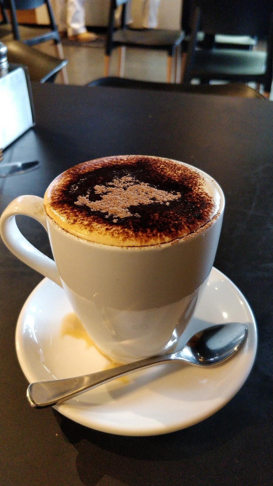 The Coffee Club Café - Gladstone Grand Hotel | cafe | 79 Goondoon St, Gladstone Central QLD 4680, Australia | 0748838701 OR +61 7 4883 8701