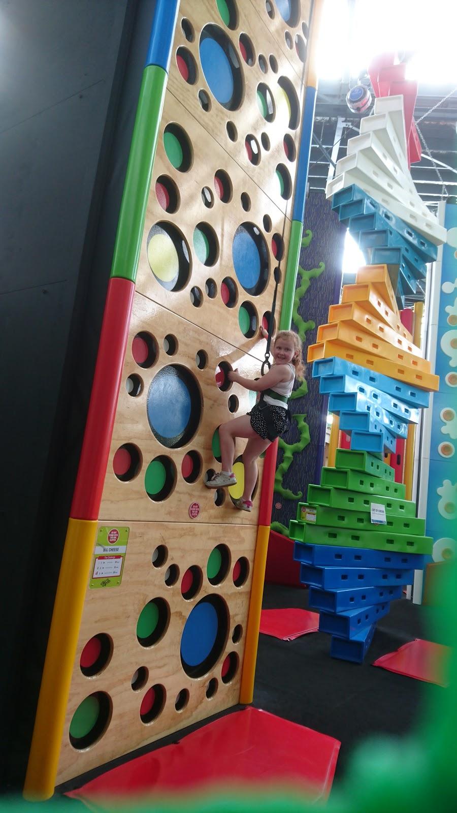 Ninja Parc | gym | Darby St & Tooke St, Cooks Hill NSW 2300, Australia | 0249264488 OR +61 2 4926 4488